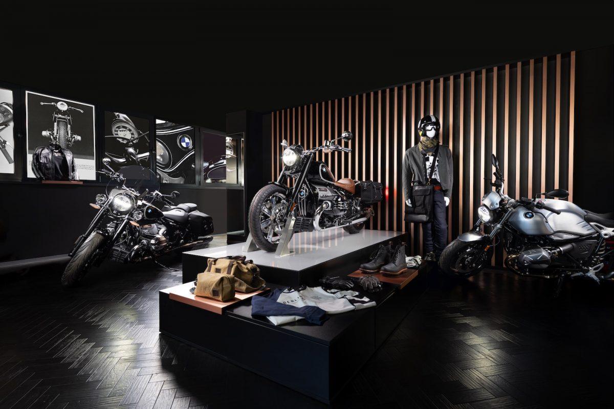 Podlaha Designflooring Black - Showroom MD-Bavaria Žilina, BMW Motorrad